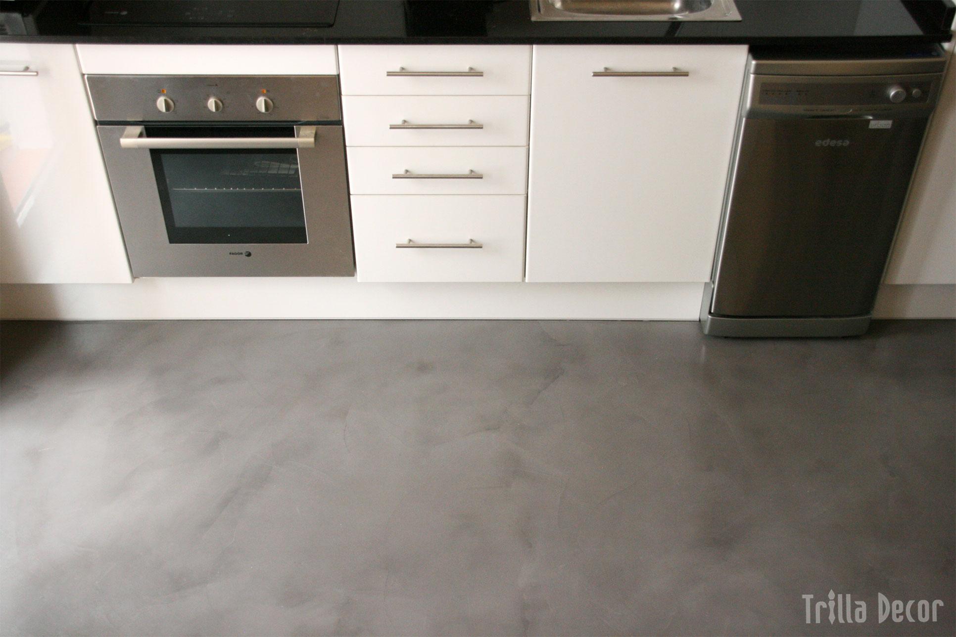Microcemento for Suelo cocina gris antracita